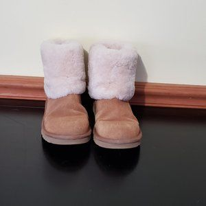 UGG LOW CUFFED BOOTS 7 CHESTNUT BOOTIES